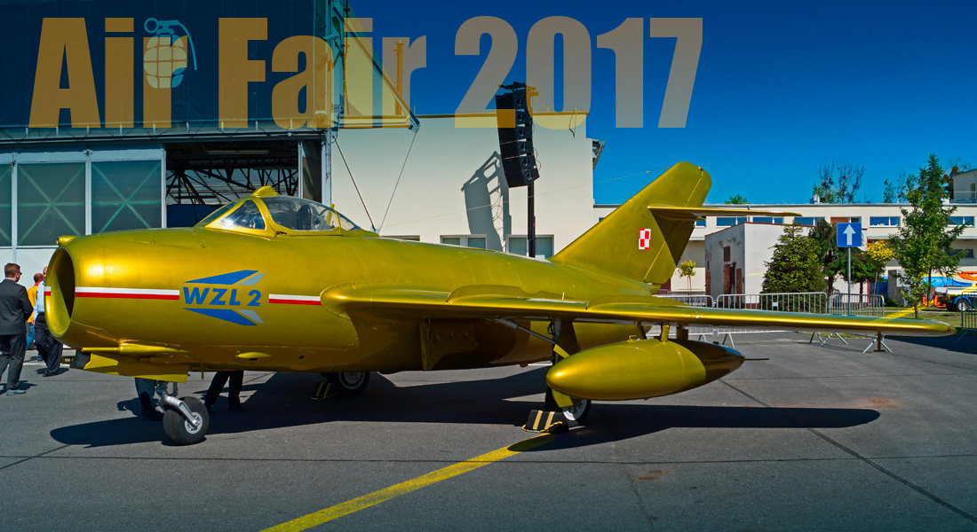 Frag Out! Magazine #16 - Air Fare 2017
