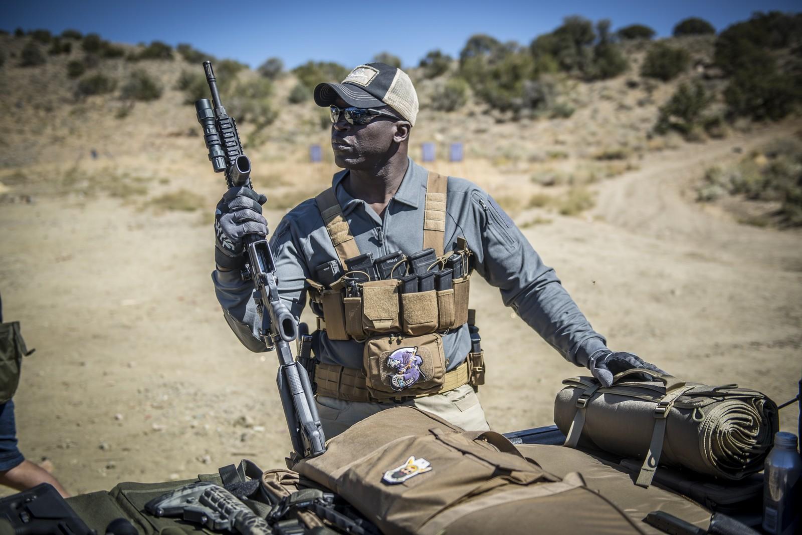 SHOT Show 2020: Helikon-Tex Competition MultiGun Rig